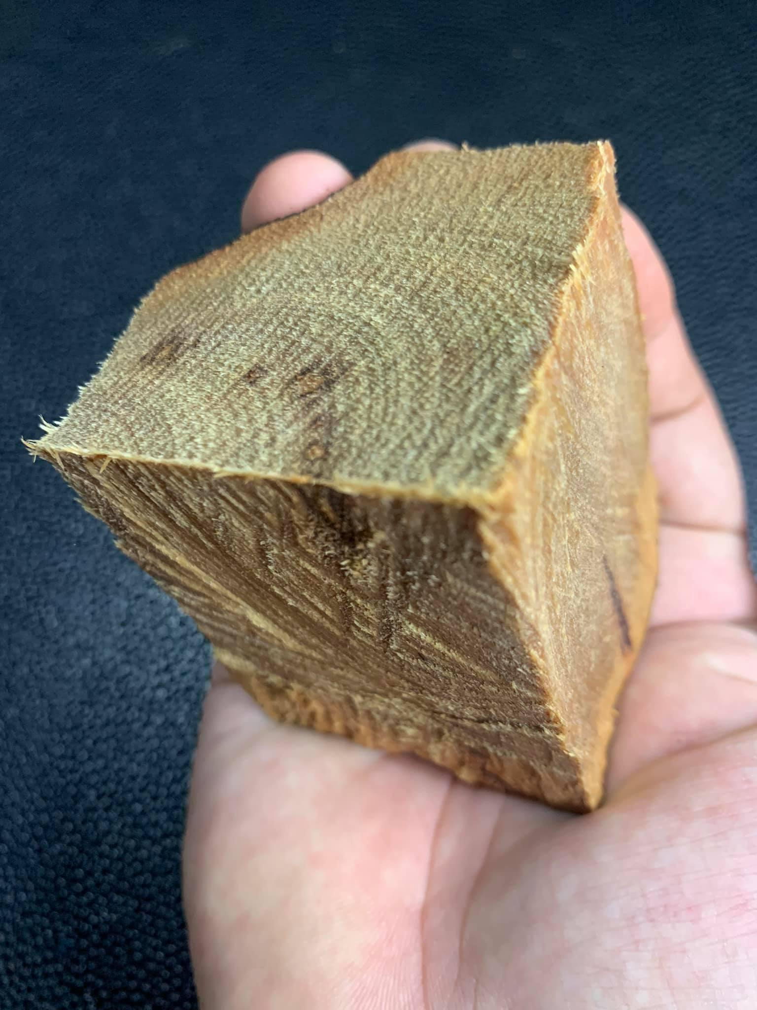Cục gỗ xá xị