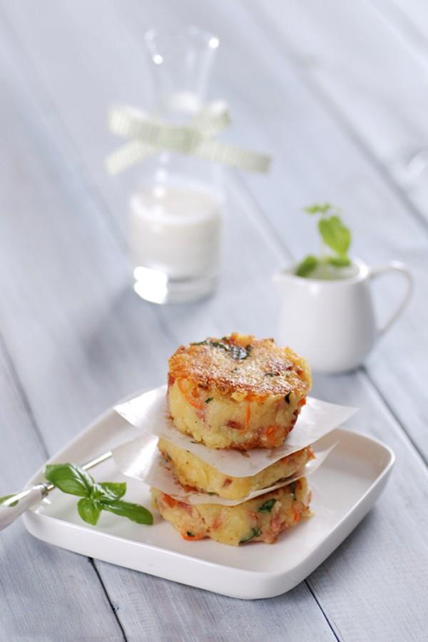 Bánh khoai tây chiên thơm phức cho bữa sáng