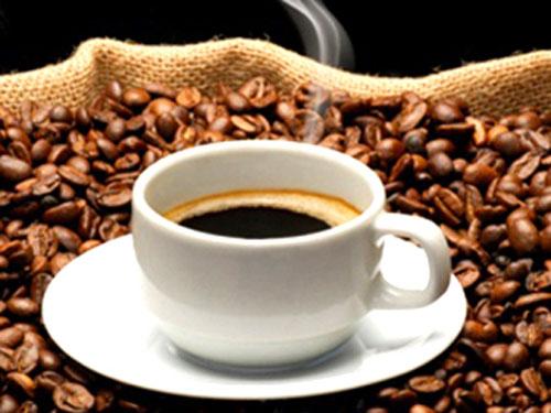 Sống lâu hơn nhờ uống cà phê