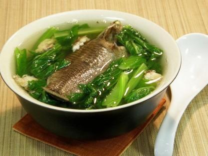 Canh cải xanh cá rô